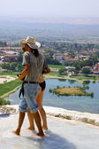 Tourists in Pamukkale — Stockfoto