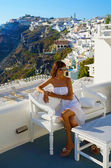 Beautiful woman on Santorini ,Thira — Stock Photo
