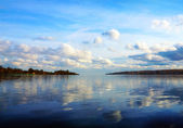 Cloudy scenery on the river Volga — Stock Photo