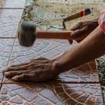 Floor tile installation. — Stock Photo
