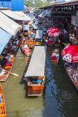 Damnoen Saduak Floating Market. — Stock Photo