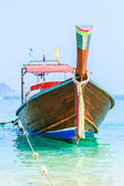 Longtail boat on the sea tropical beach. — Stock Photo