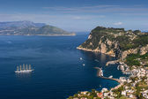Bird's-eye view of the city and port. Italy. Capri. Marina Grand — Foto Stock