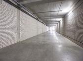 White wall corridor to exit — Stock Photo