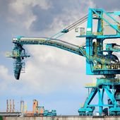 Fuel terminal industrial buildings in cargo port of Ventspils — Stock Photo