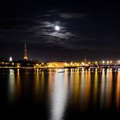 Night panoramic scene in Riga, Latvia — Stock Photo