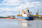 Ships in a cargo port. Ventspils, Latvia — Foto de Stock