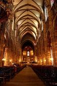 Kilisenin iç — Stok fotoğraf