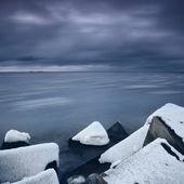 Mar baltico in inverno nel drammatico stato d'animo — Foto Stock