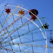 Ferris wheel in Sigulda, Latvia — Stock Photo