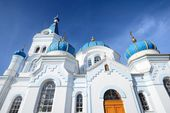 White Orthodox church in Elgava, Latvia — Stock Photo