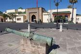 Cannon at the Royal Palace. Rabat — Stock Photo