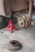 Drump brake repairing — Stock Photo