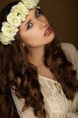 Beautiful portrait of girl with wreath. Makeup — Stock Photo