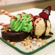 Foto Stock: Christmas Chocolate lava cake and ice cream