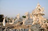 ワット ロン クン、チェンライ、北タイの有名な白い教会 — ストック写真