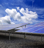 Power plant using renewable solar energy with blue sky — Stock Photo