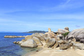 Bizarre rock (hin ta hin yai) formation on the island of Koh Sam — Stock Photo