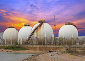 Oil and gas industry - Petrochemical factory, Industrial zone an — Foto de Stock