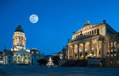 Gendarmenmarkt in Berlin at night — Stock Photo
