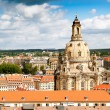 Roofs of Dresden and Frauenkirche — Stock fotografie