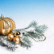 Golden Xmas decorations, copy space — Stock Photo