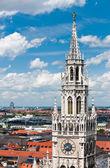 старая ратуша и крыши мюнхена — Стоковое фото