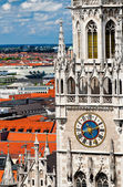 Tower of New Town Hall and rooftops of Munich — Stock Photo
