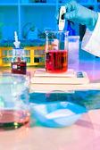 Making buffer in scientific lab — Stock Photo