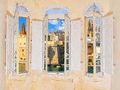 Bay window with view over Valetta harbor in Malta — Stock Photo