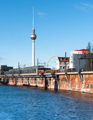 Riverside in East Berlin — Stock Photo