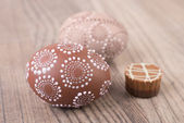 Easter eggs and chocolate praline — Stock Photo