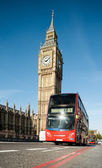 London bus in front of Big Ben — Stock fotografie