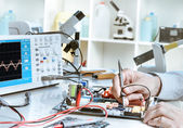 Electronics repair service — Stock Photo