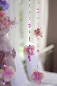 Flowers and beads curtain decorative for wedding — Stockfoto