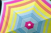 Arrière-plan coloré parapluie — Photo