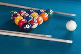 Boules de billard sur table. — Photo