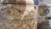 Ancient jars in Knossos Palace, Greece — Stock Photo