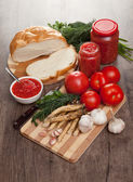Savory tomato, garlic and horseradish — Stock Photo