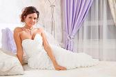 Noiva na cama — Foto Stock