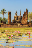 Buddha Statue at Wat Mahathat in Sukhothai — Stock Photo