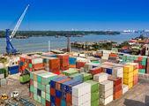 Carico del contenitore industriale — Foto Stock