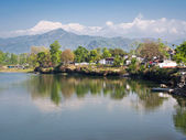 Phewa Lake in Pokhara with Snowed Peaks in the Backgroung — Stock Photo