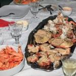 Boiled shrimps and stuffed crab — Foto de Stock   #36098311
