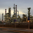 Oil refinery at dawn — Foto Stock