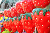Hanging plant pots - pots strawberry hanging a long way. — Foto de Stock