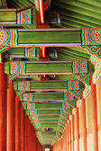 Colorful decorative wooden eaves — Stockfoto