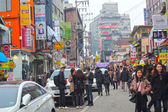 SEOUL - November 26,2013: Street view of Nam Dae Mun Market, cro — Stock Photo