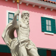 Cupids Statue - with pink buildings. — Stok Fotoğraf #39681911