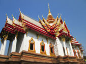 Sculpture measuring - Thailand Temple with sky — Stock Photo